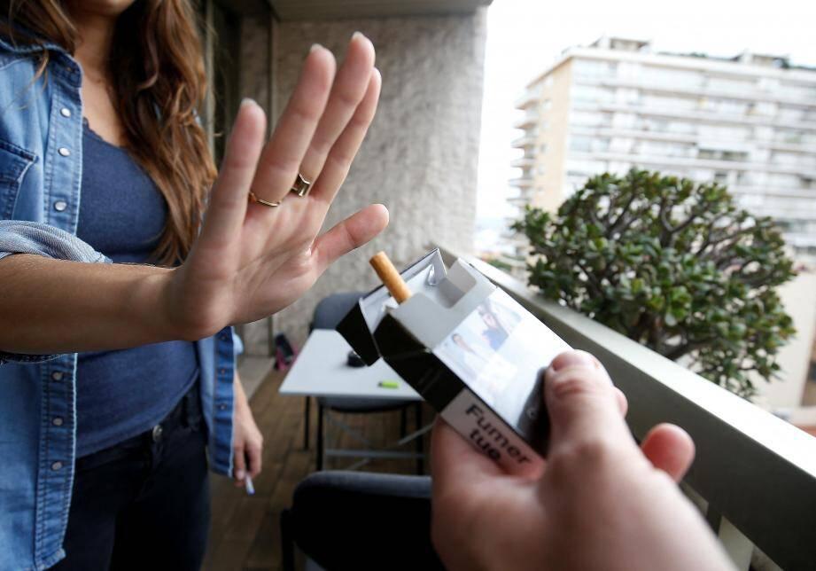 En Paca, le nombre de fumeurs peine à diminuer.