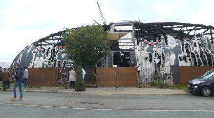 Capture d'image d'une vidéo de l'AFPTV le 3 novembre 2019 montrant le chapiteau de Chanteloup-les-Vignes détruit par un incendie à la suite de violences urbaines