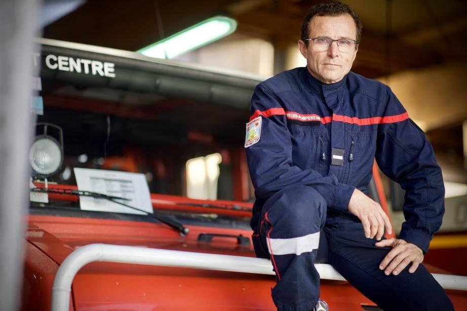 Frédéric Ronzier, plongeur sauveteur héliporté.