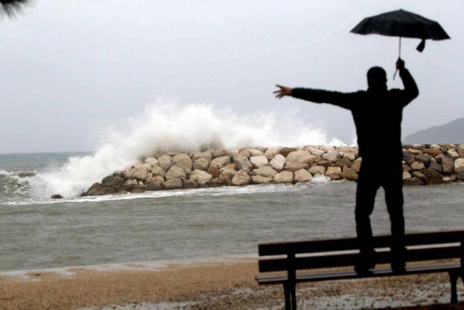 Le vent va souffler fort sur le Var, soyez prudents.