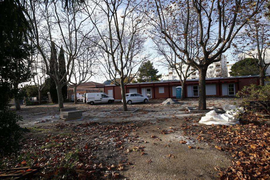 La maison de la petite enfance s'appellera... Les Magnolias : le même nom que lorsqu'il s'agissait encore d'une halte-garderie. « Question de subvention de la Caisse d'allocations familiales », indique Sylvie Laporte.