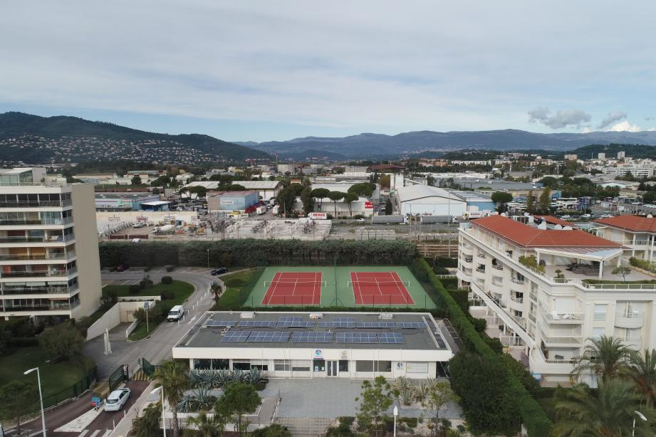 L'implantation de la future gare TER/TGV au cœur du quartier en cours de transformation de Cannes-Bocca-Grand-Ouest est l'option privilégiée par les élus communautaires de Cannes Lérins.