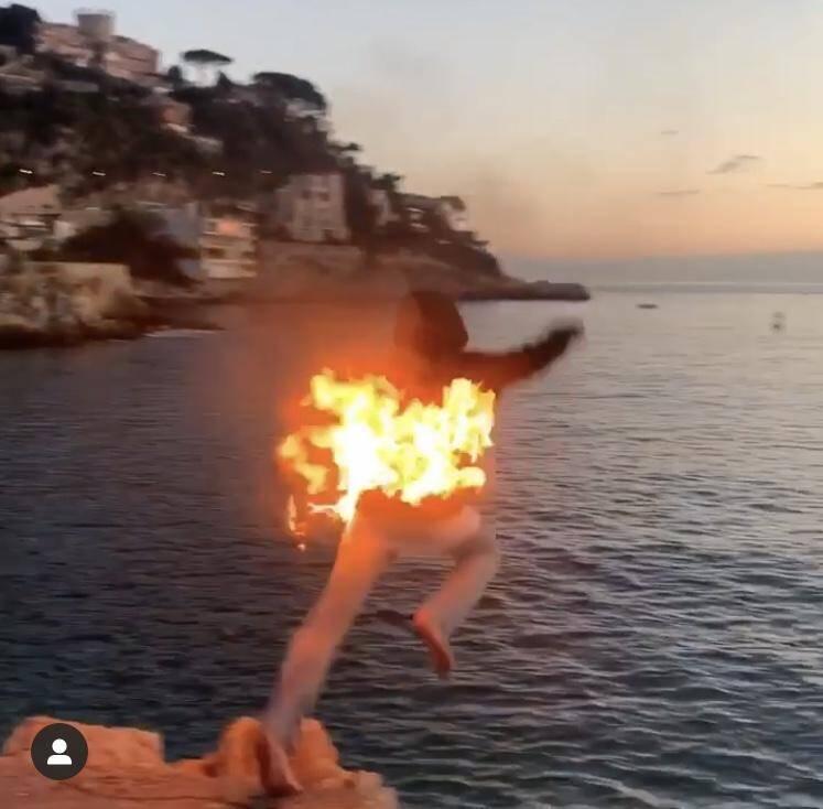 Les adolescents postent ensuite leur vidéo - ici à Coco Beach à Nice - sur les réseaux sociaux. (DR)