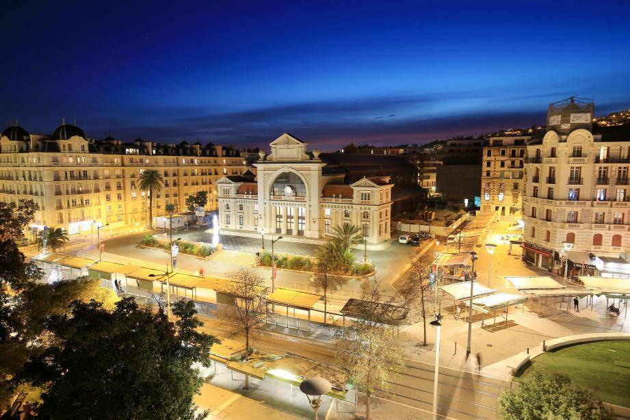 Porté par d'ambitieux projets de développement urbain et d'aménagement du territoire, le marché de l'immobilier azuréen enregistre de belles performances en 2019.