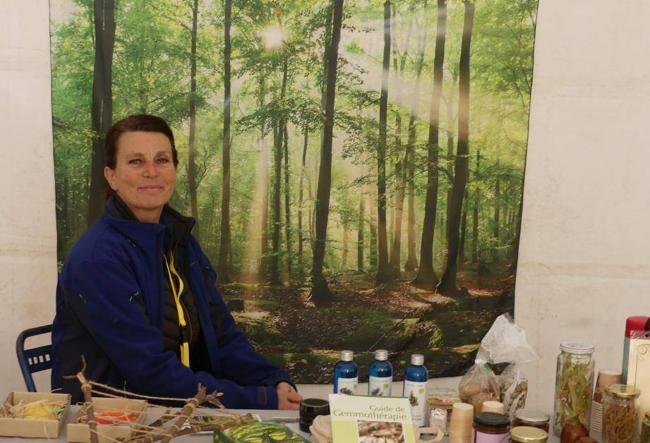 Sylvie Moyroud a présenté les bienfaits de la forêt par la sylvothérapie.
