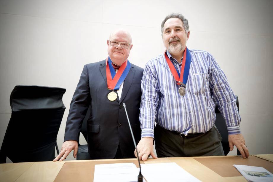 Yves Pincé (à gauche) succède à Yvonne Erétéo à la tête du Conseil de prud'hommes. Gilles Charpentier (à droite) est vice-président.
