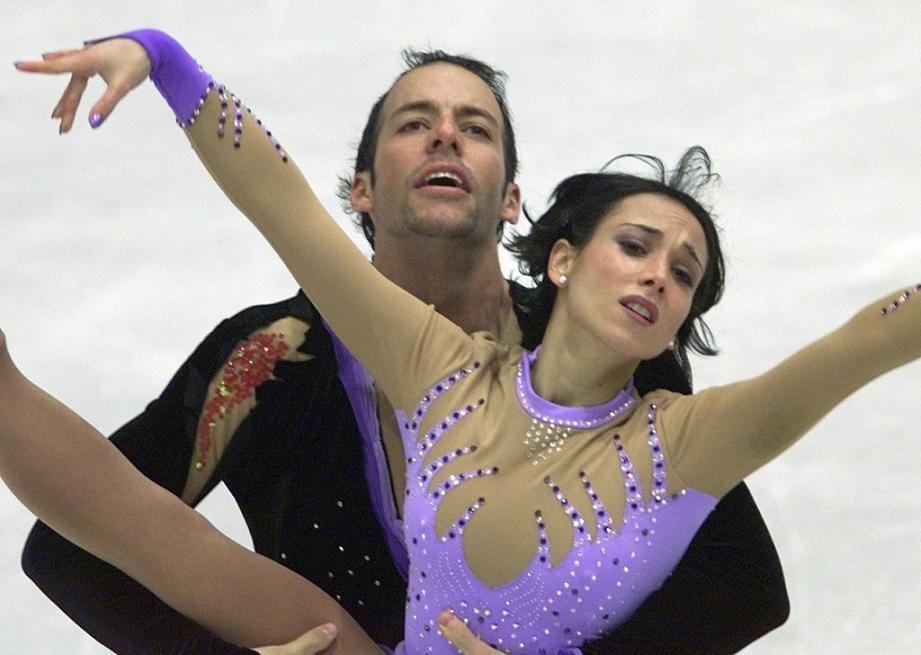 Sarah Abitbol et son partenaire Stéphane Bernadis lors des Championnats d'Europe, à Bratislava, le 24 janvier 2001