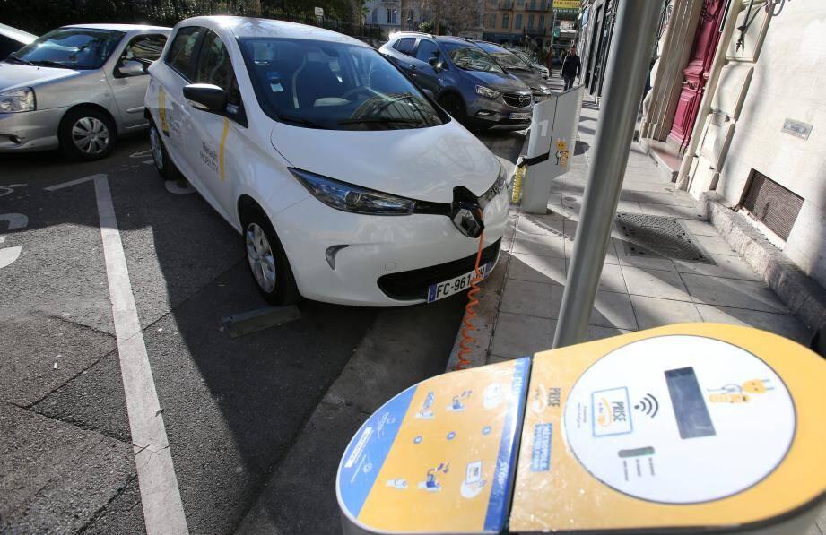 Le service Renault mobility est accessible pour 7 euros de l'heure.