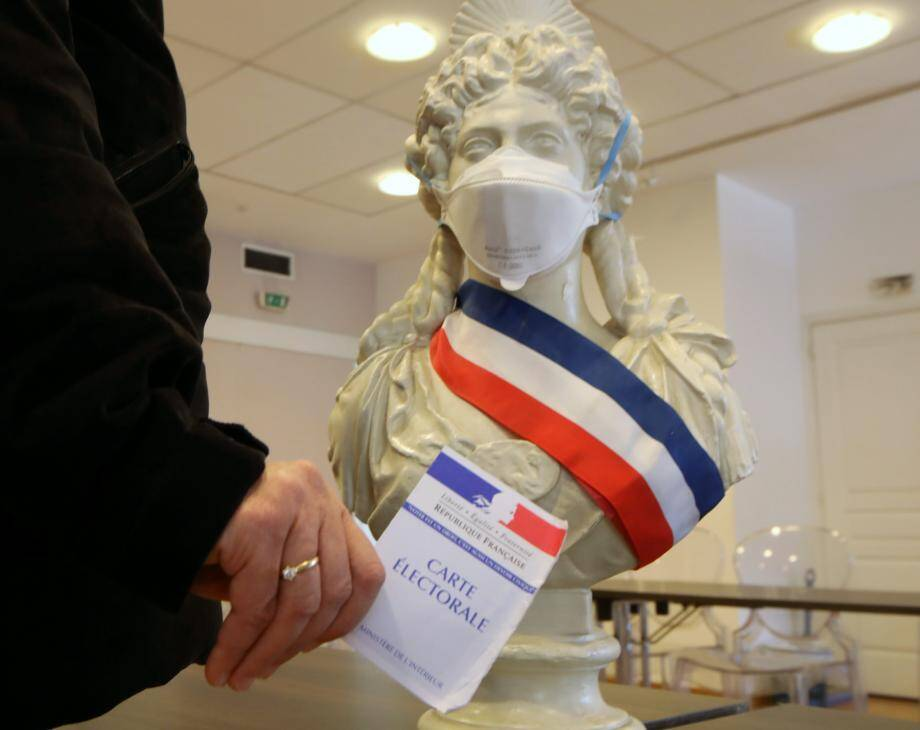 Image d'illsutration.  More than 44 million people will voted for town hall elections in France, on march 15th and 22nd 2020 as France is also hit by corona virus (MaxPPP TagID: maxmatinnews459447.jpg) [Photo via MaxPPP]