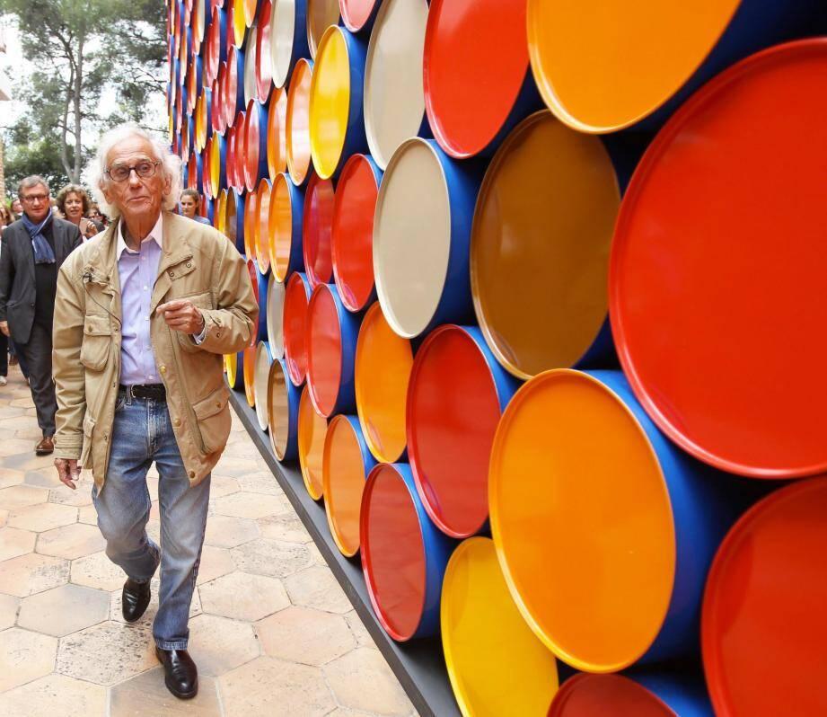 En 2016, Christo érigeait son Mastaba d'un millier de barils de pétrole à la Fondation Maeght.