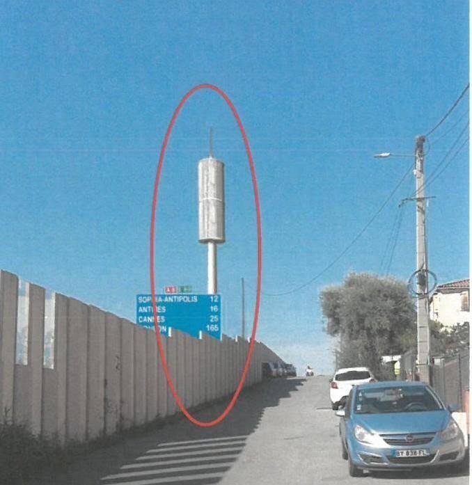 Voilà à quoi devrait ressembler l'antenne relais.