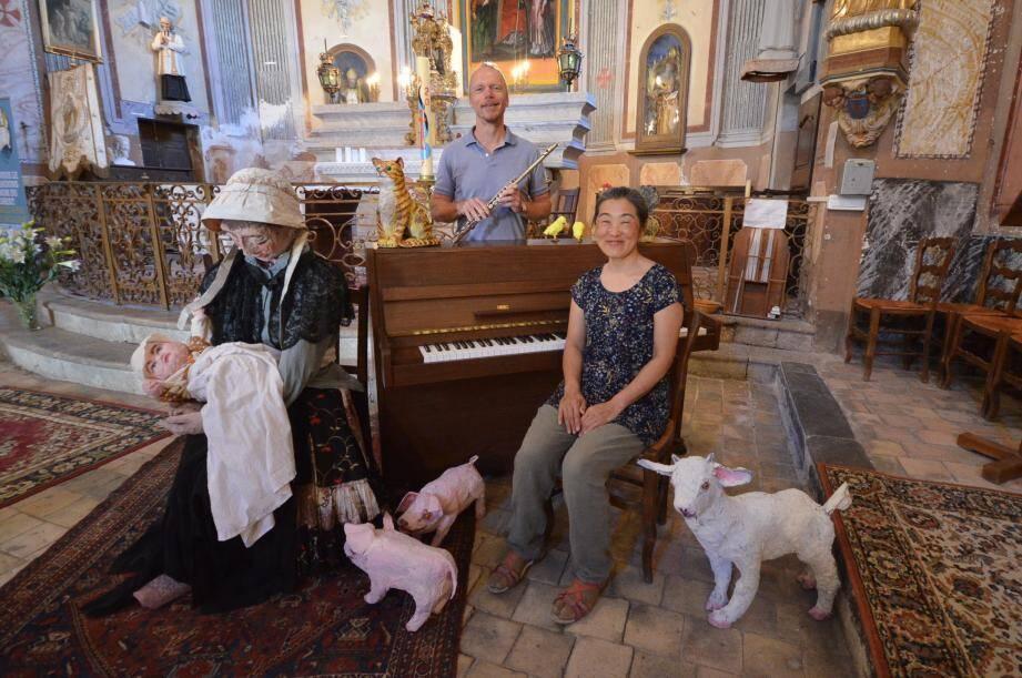 C'est dans l'église Saint-Arige que Yuki et Brian préparent leur concert. Les animaux ne sont, en principe, pas admis mais il y a une exception pour le petit univers fabriqué par Yuki et destiné au futur « Musée étable d'antan ».