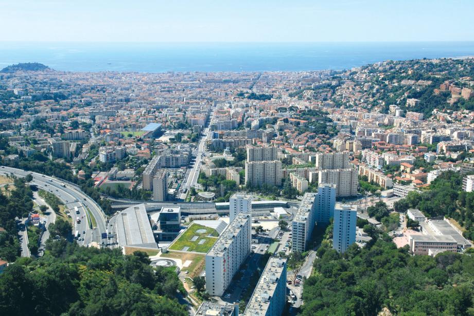 Au premier plan, les immeubles de la résidence du Rouret.
