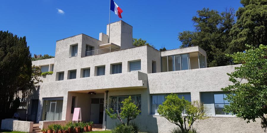 La Villa Noailles à Hyères fait partie des sites historiques du centre ancien à visiter.