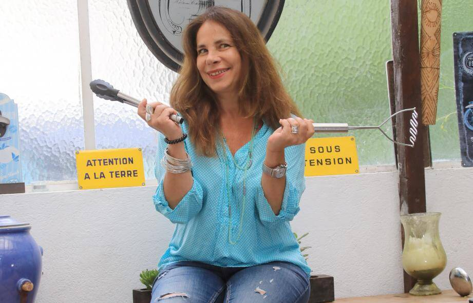 Galia Arama, son sourire, sa bonne humeur et sa cuisine délicieuse.