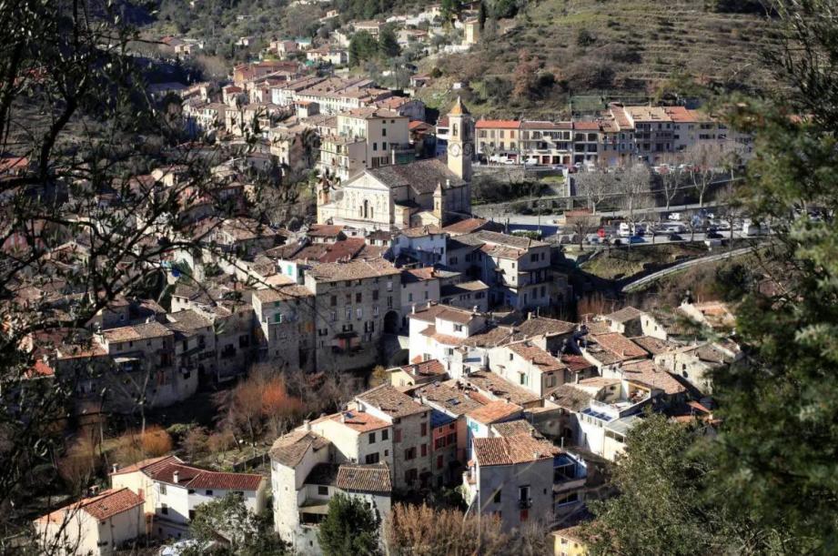 Vue sur le village de L'Escarène