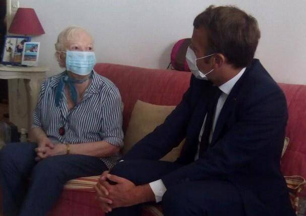 Gisèle, complètement sous le charme d'Emmanuel Macron, a passé un incroyable moment en accueillant, chez elle, un Président «d'une gentillesse terrible».