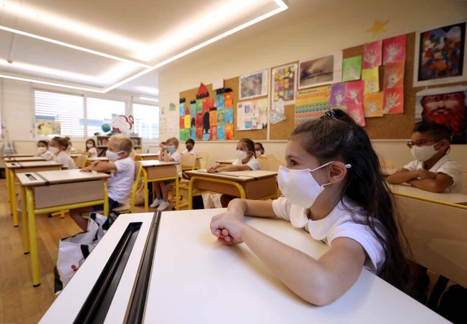 Dès 6 ans, il faudra porter le masque en classe.