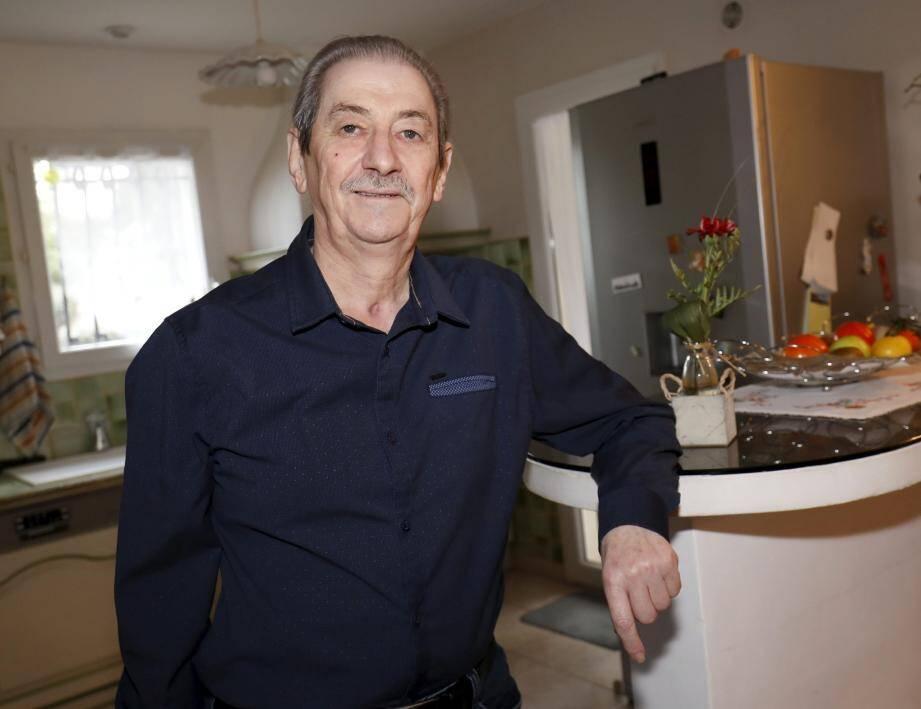 De retour à son domicile, Joël Tonelli, qui a perdu près de 15 kg, a recouvré l'essentiel de ses moyens. Même s'il reste très faible, il ne devrait pas avoir de séquelles majeures.
