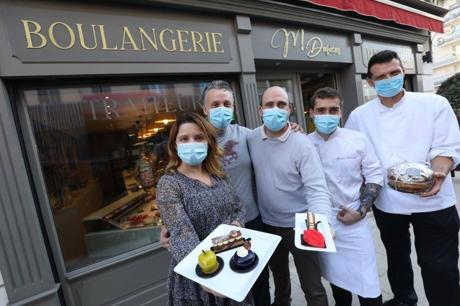 L'équipe de Michaël Durieux compte bien régaler les gourmands à domicile avant de pouvoir les accueillir à table de nouveau...