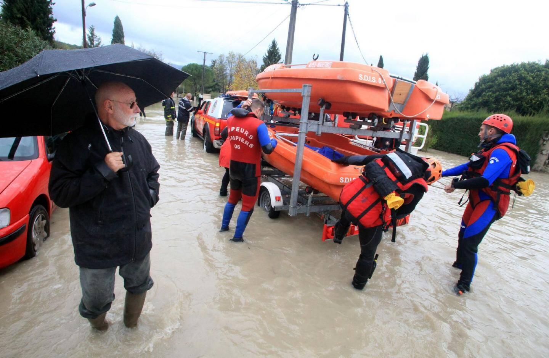Tout un quartier immergé à La Colle-sur-Loup - 14922373.jpg