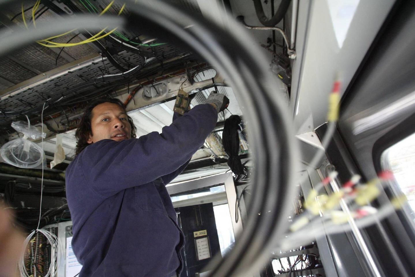 Mourad travaille depuis 7 ans comme monteur à AnsaldoBreda.