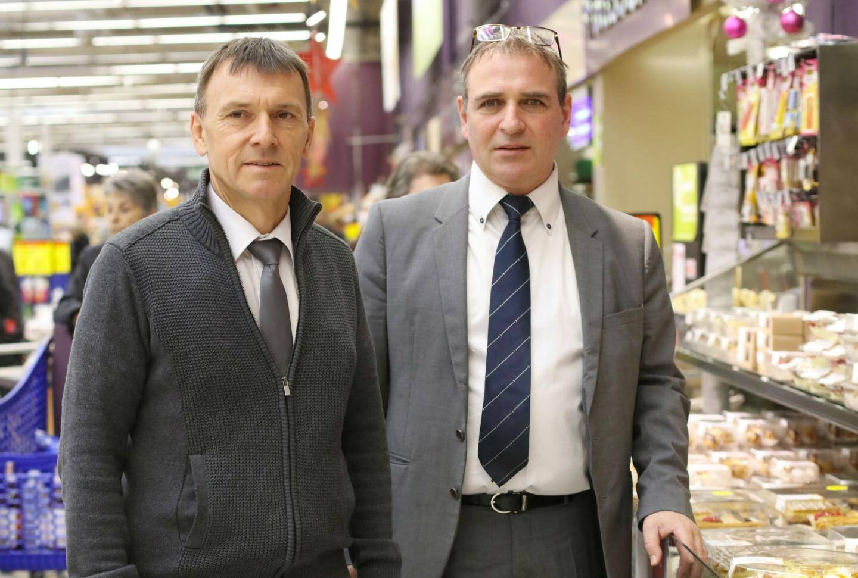 Philippe Lavrov, manager métiers boulangerie-pâtisserie et Christophe Blanc, chef du secteur produits frais.