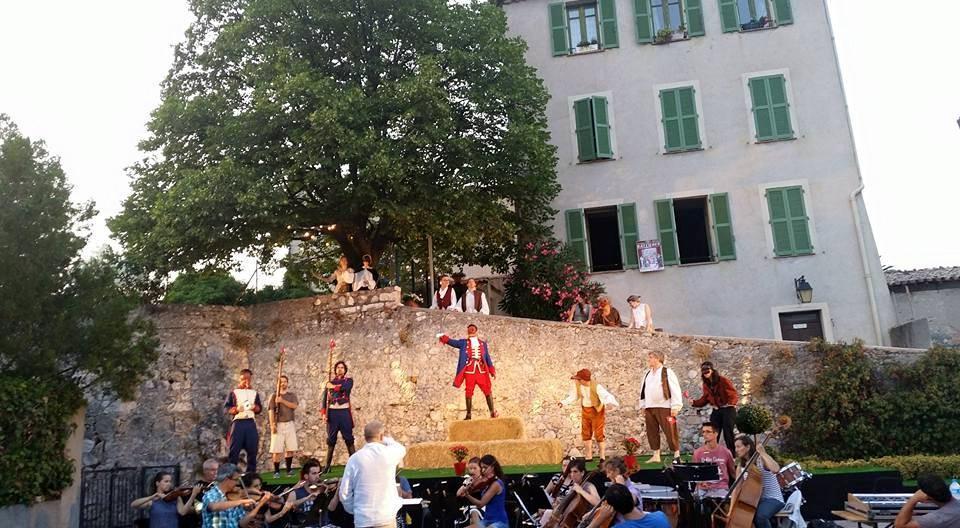 Opus opéra, cette année encore se tiendra à partir de la mi-juillet. Au programme: le Barbier de Séville de Rossini chanté en français.