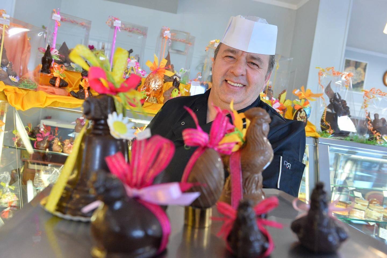 Régaler ses clients pour Pâques, tel est le but de Jacky Coolen, de la pâtisserie Saint-Michel.