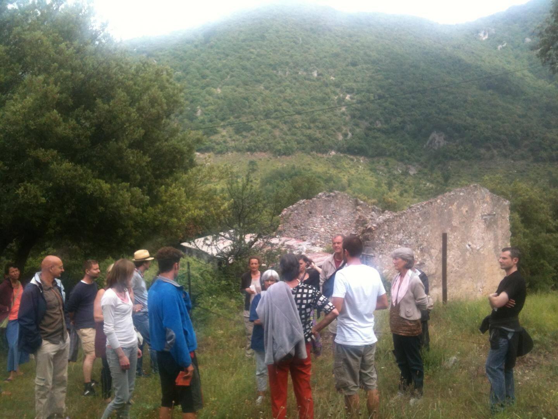 Rencontre des sociétaires de la NEF 06 chez un apiculteur de St-Vallier