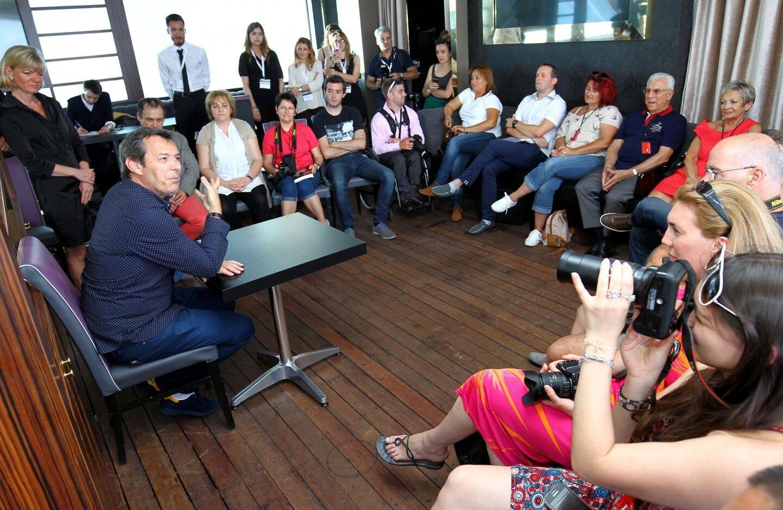 rencontre jean-luc reichmann avec les lecteurs nice-matin au festival de télévision de monte-carlo au grimaldi forum de monaco -