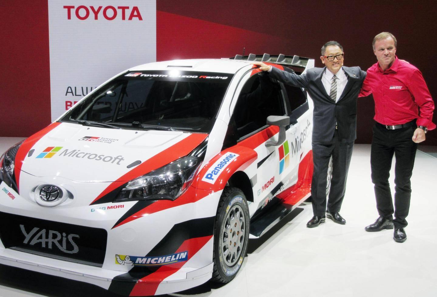 Présentée par Akio Toyoda, PDGde Toyota Motor Corporation, et Tommi Mäkinen, Team Principal, la Yaris attend ses pilotes.