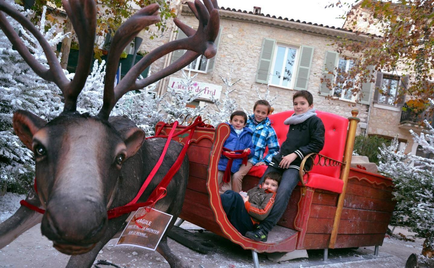 Cette année encore la magie s'installe à La Colle-sur-Loup.Noêl dans le village de La Colle-sur-Loupt