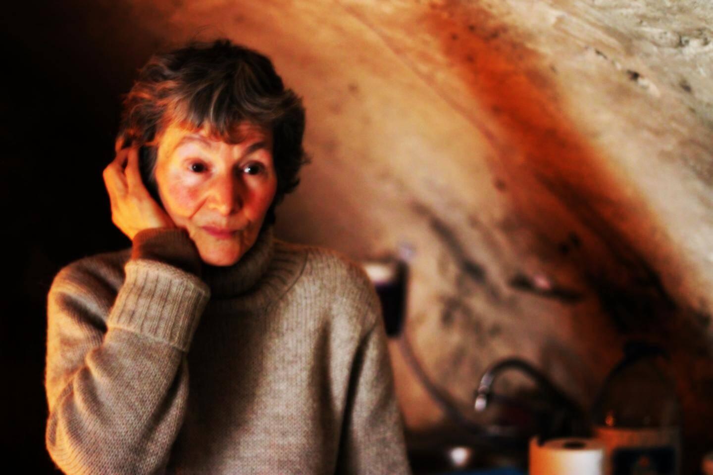 """Anne est originaire de Nice. Lorsqu'elle s'est découverte """"électrohypersensible"""", elle a eu l'impression de brûler"""