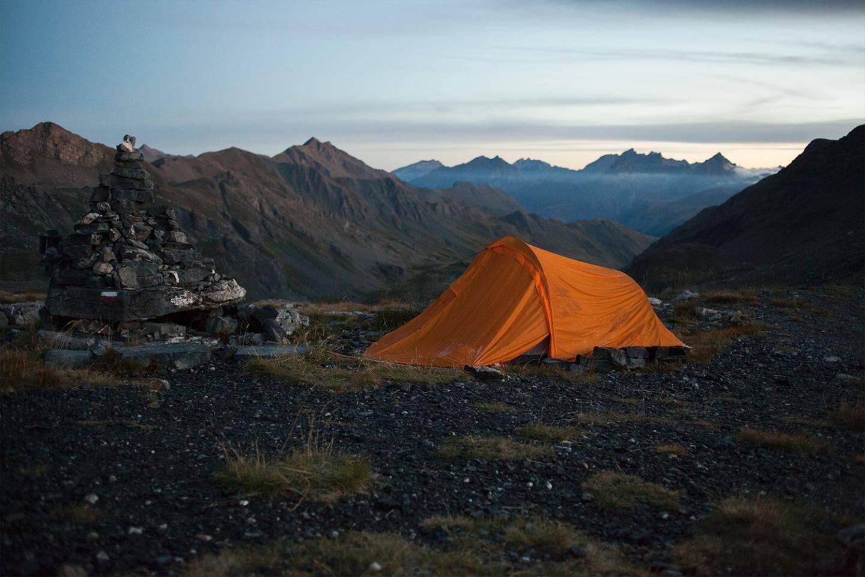 Parfois, une tente suffit pour partir en immersion.