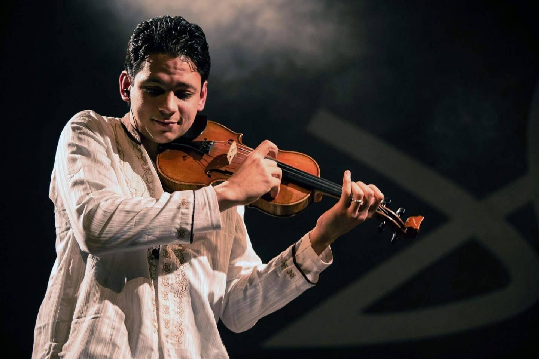 Le jeune violoniste Zied Zouari est doctorant à l'université Sorbonne Paris 4.