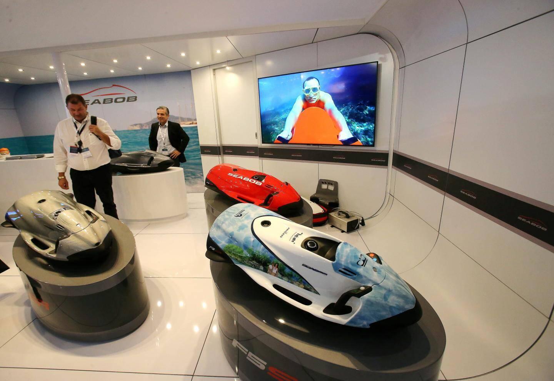 Les Seabob peuvent vous conduire à 45 mètres de profondeur et vous faire naviguer à 20 km/h. Tout peut-être bridé.