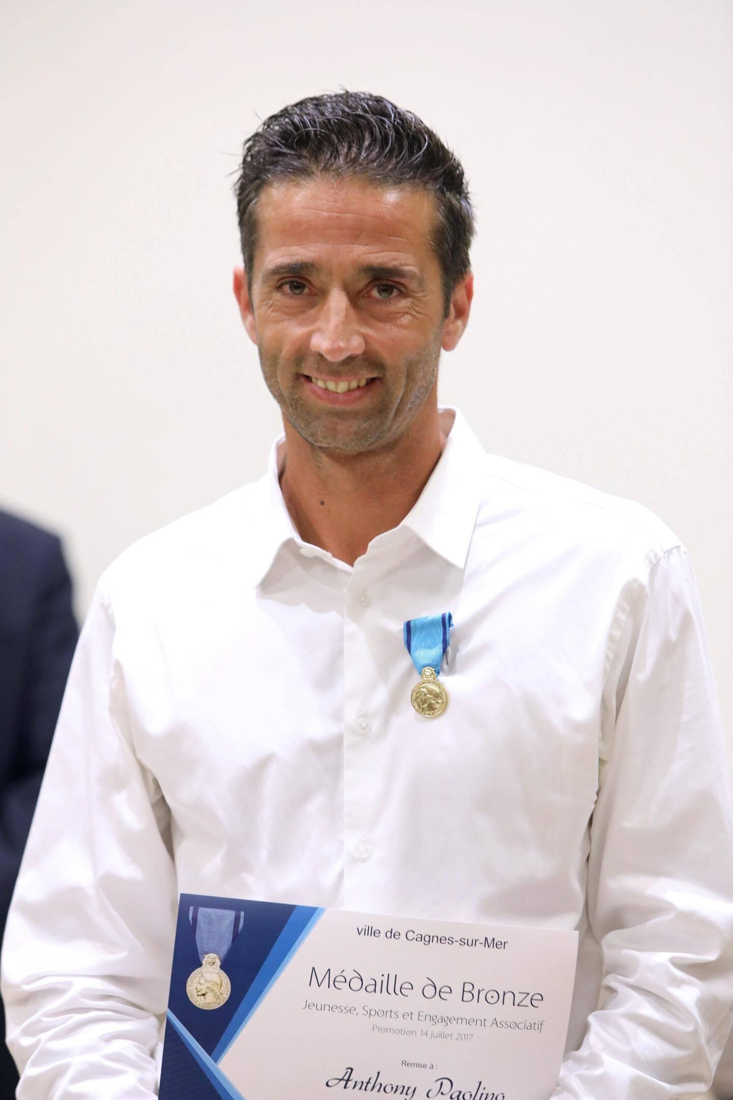 Anthony Paolino, ASCC football : BRONZE
