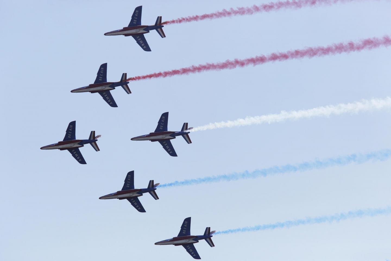 Des figures réalisées par la Patrouille de France lors du Free flight World Masters.