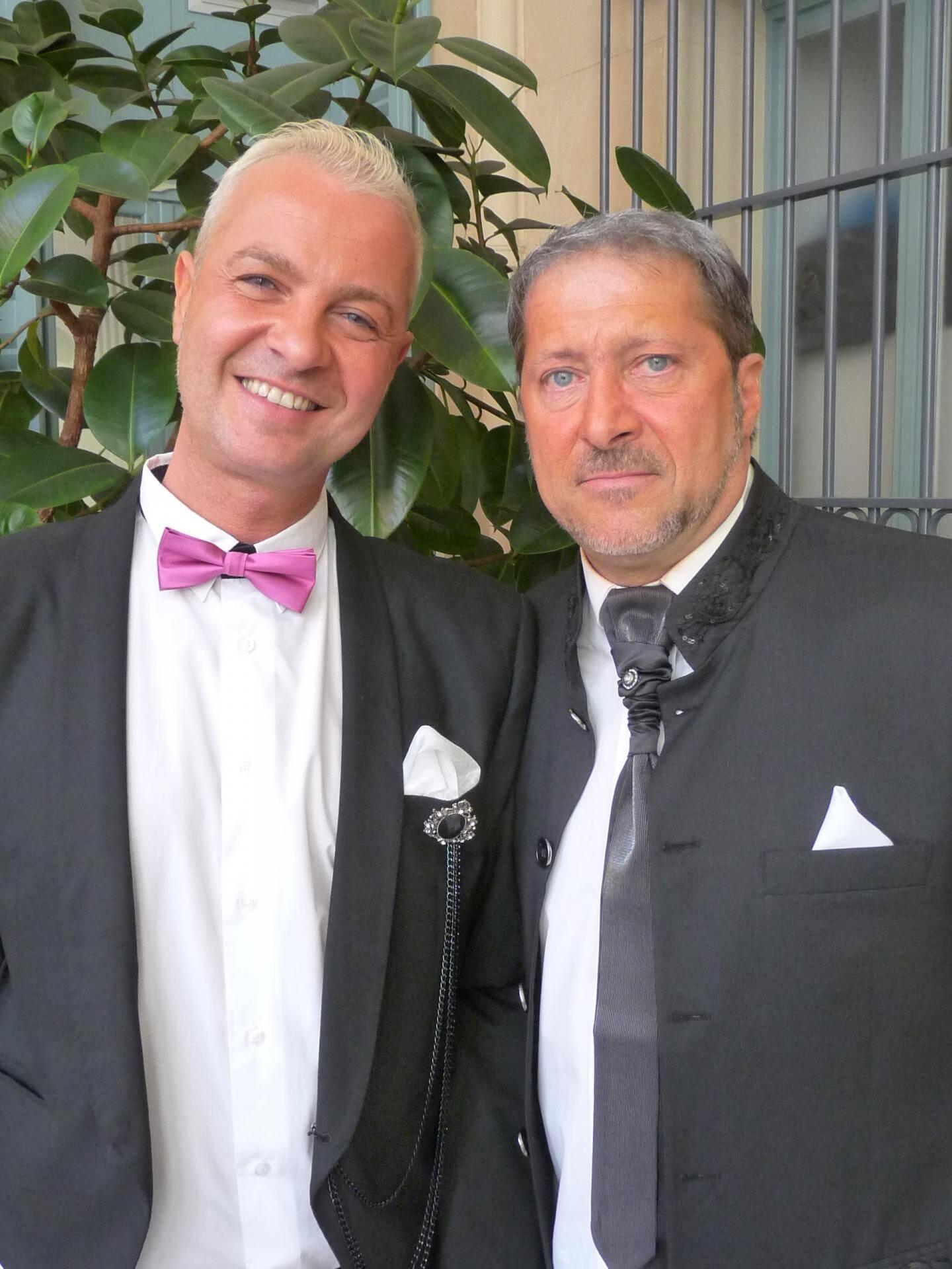 Cédric Paquet, agent de sécurité sociale, et Thierry Bouimout, agent de sécurité.
