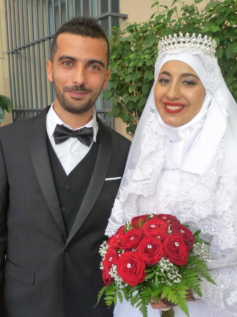 Mohamed Hachani, manutentionnaire, et Narjes Karmous, vendeuse.