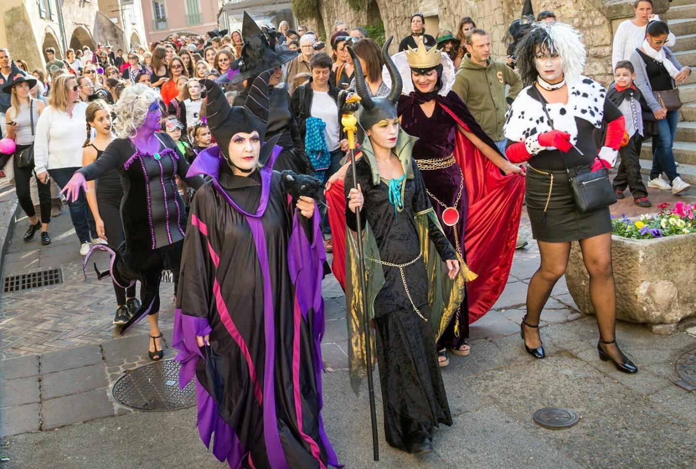 Un défilé monstrueux à Roquebrune-sur-Argens.