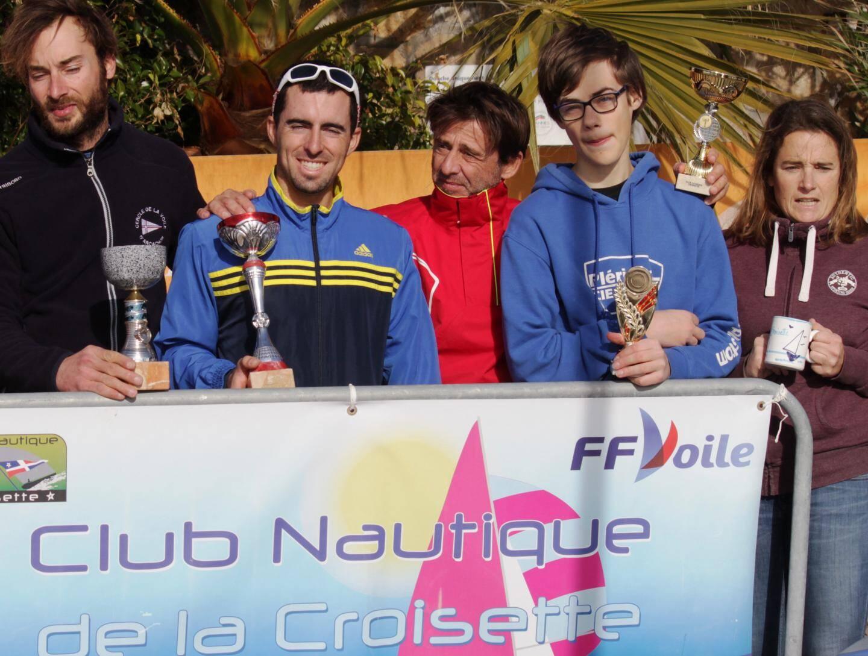 Podium U18 ans Masters en slalom géant : Guillaume Piccini, Mael Nicolai et Jérémy Murris.