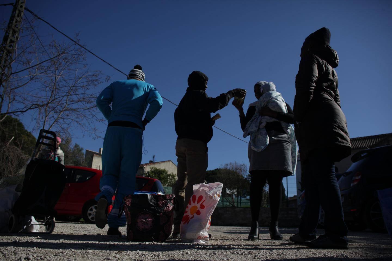 Toutes les deux semaines, les demandeurs d'asile sont reçus aux Restos du cœur.