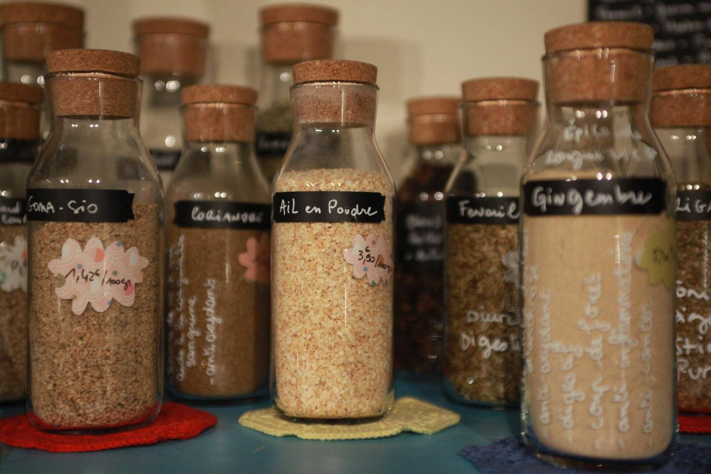 Du beau, du bon, du bio... Tous les produits, dont les épices, sont soigneusement choisis par Jean et Mélanie.