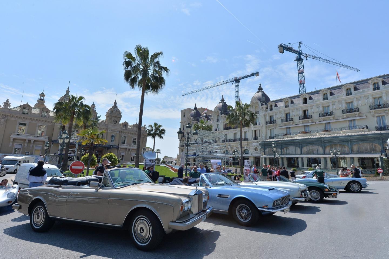 Une dizaine de voitures de collection rouleront ce week-end pour l'association.