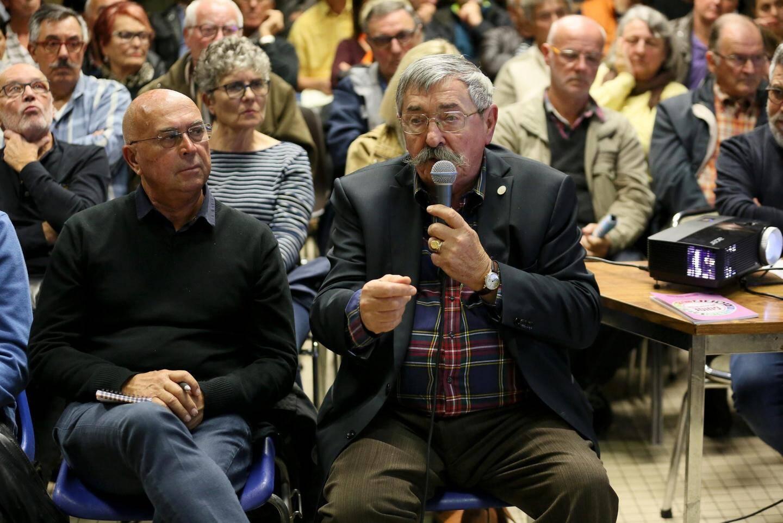 Conseil de quartier à Fréjus.