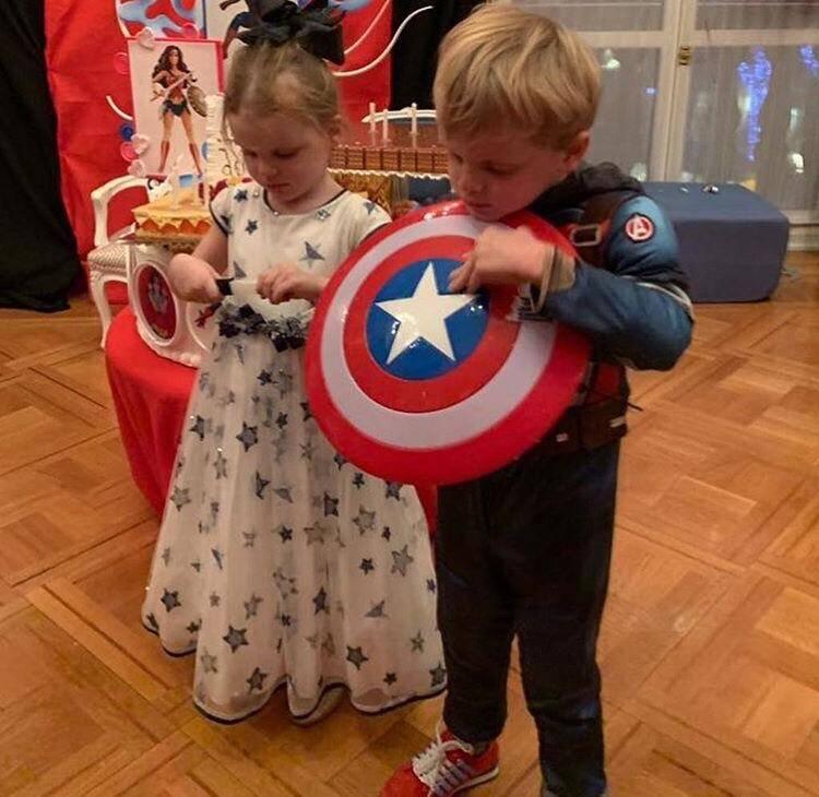 Jacques et Gabriella fêtent leur quatrième anniversaire