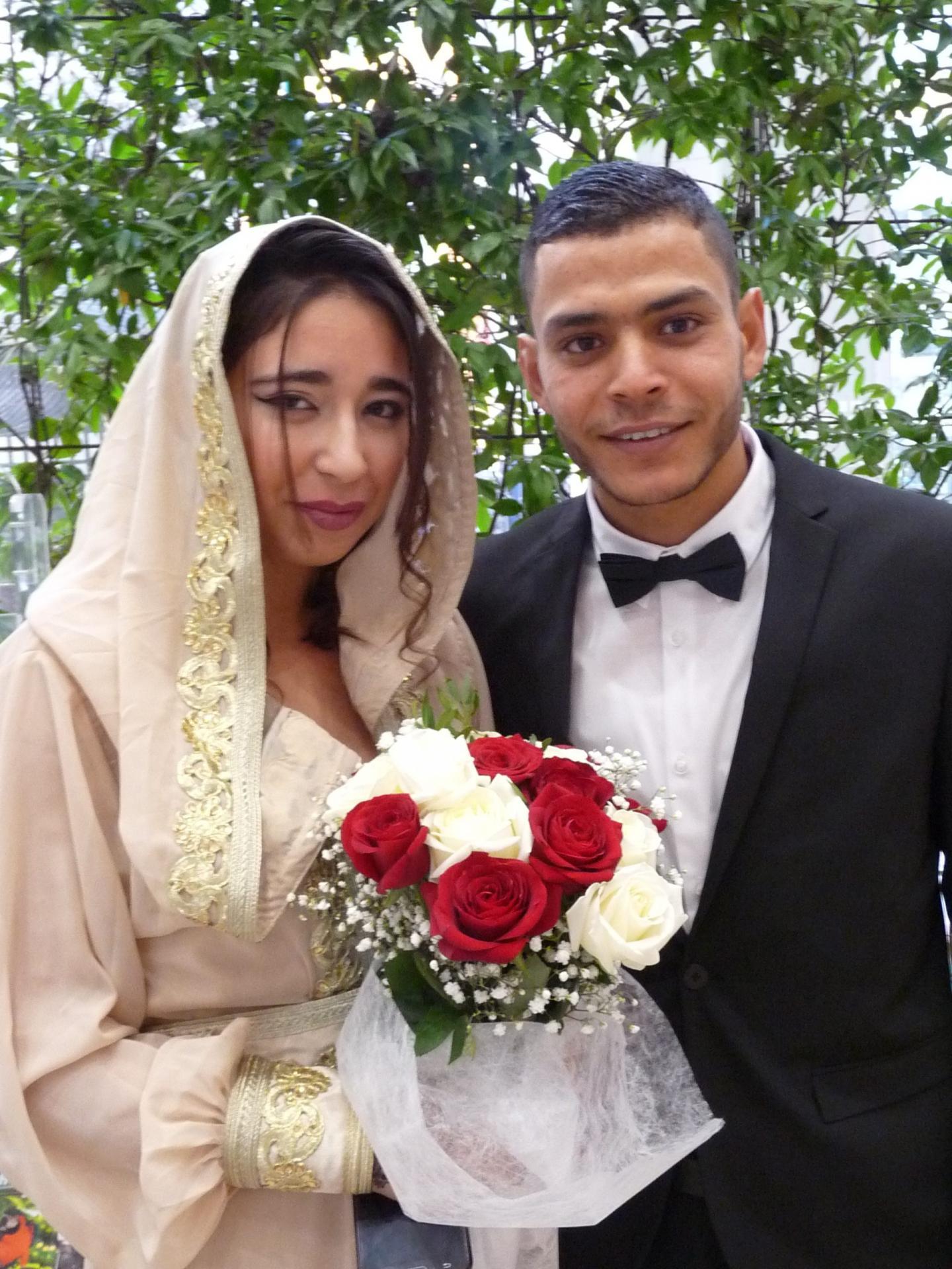 Kadija El Abed, agent de services civiques, et Yassine Choikha, peintre.