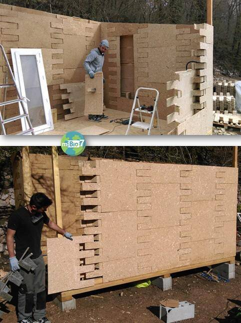 Pas besoin d'être un professionnel pour monter cette maison: il suffit d'imbriquer les panneaux, et de consolider avec des vis.